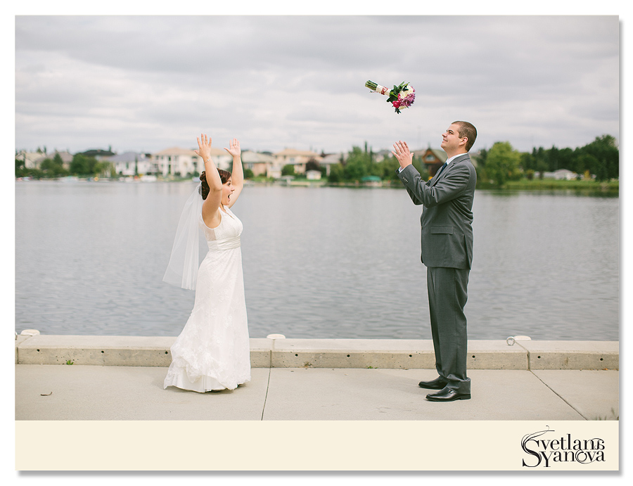 chestermere wedding photos, small intimate wedding photos, backyard wedding photos, diy wedding