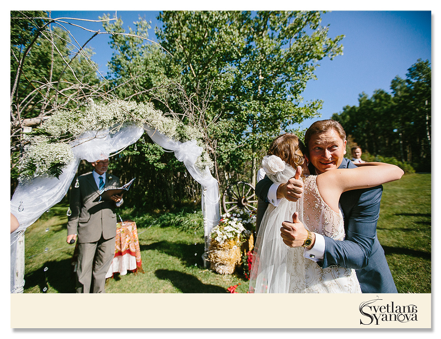 Priddis wedding photos, outdoors wedding photos, gently, calgary wedding photos, calgary wedding photographers, diy wedding ideas, acreage wedding