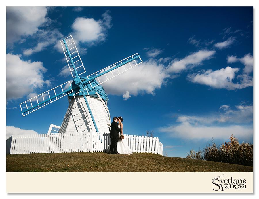 Calgary Wedding Photographer Stephen Ave The Bay Downtown Archways